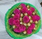 Букет с конфетами 15 роз